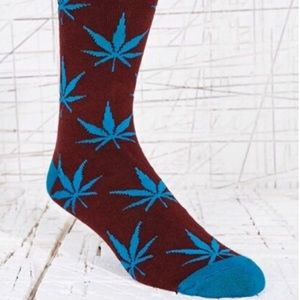Weed Socks In Purple And Red Unisex One Size